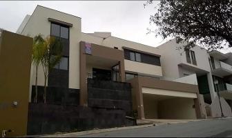 Foto de casa en venta en  , bosquencinos 1er, 2da y 3ra etapa, monterrey, nuevo león, 6626970 No. 01