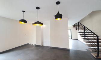 Foto de casa en venta en cadiz , desarrollo habitacional zibata, el marqués, querétaro, 0 No. 01