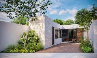 Foto de casa en venta en  , chichi suárez, mérida, yucatán, 14229523 No. 01