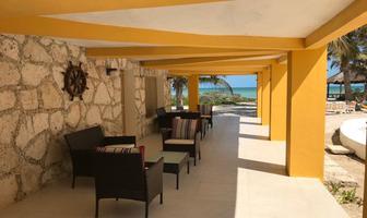 Foto de casa en venta en  , chicxulub puerto, progreso, yucatán, 13906815 No. 01
