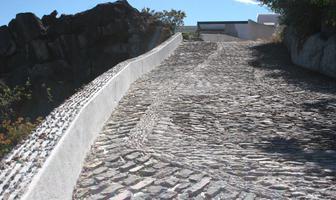 Foto de terreno habitacional en venta en clavel , valle de bravo, valle de bravo, méxico, 5723771 No. 01