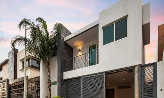 Foto de casa en venta en  , cumbres elite 8vo sector, monterrey, nuevo león, 7012244 No. 01