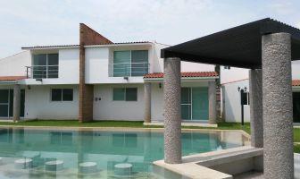 Foto de casa en venta en Cocoyoc, Yautepec, Morelos, 5081716,  no 01