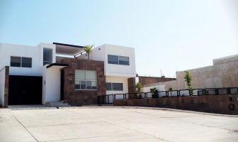 Foto de casa en venta en Jardines del Campestre, León, Guanajuato, 5097979,  no 01