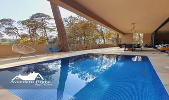 Foto de casa en venta en fontana linda , avándaro, valle de bravo, méxico, 0 No. 01