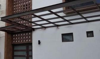 Foto de casa en venta en  , jardines cancún, benito juárez, quintana roo, 11291174 No. 01