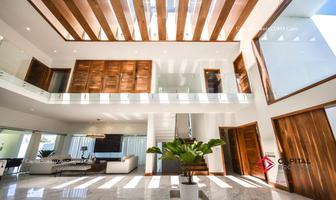 Foto de casa en venta en josé maría escriva , colinas de san javier, zapopan, jalisco, 13685177 No. 01