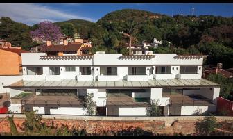 Foto de casa en condominio en renta en  , la volanta, valle de bravo, méxico, 9305293 No. 01