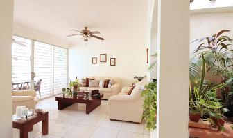 Foto de casa en venta en  , los pinos, mérida, yucatán, 13851217 No. 01