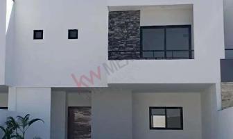 Foto de casa en venta en palma real , fraccionamiento lagos, torreón, coahuila de zaragoza, 0 No. 01