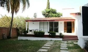 Foto de casa en venta en  , palmira tinguindin, cuernavaca, morelos, 4480747 No. 01