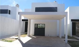 Foto de casa en venta en  , santa cruz, mérida, yucatán, 12058522 No. 01