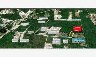 Foto de terreno habitacional en venta en sn , cholul, mérida, yucatán, 17667531 No. 01