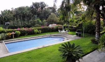 Foto de casa en venta en  , tabachines, cuernavaca, morelos, 11806431 No. 01