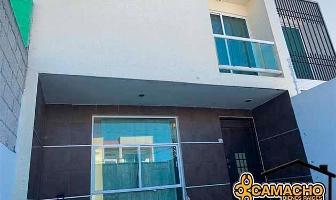 Foto de casa en venta en  , vicente guerrero, puebla, puebla, 12202490 No. 01