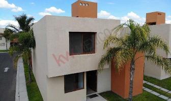 Foto de casa en venta en villa del cielo 14, puerta real, corregidora, querétaro, 0 No. 01