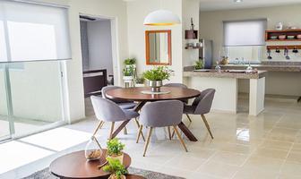 Foto de casa en venta en  , villas del sur, mérida, yucatán, 15227461 No. 01