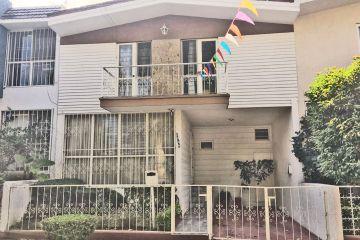 Foto de casa en venta en Lomas de Providencia, Guadalajara, Jalisco, 2772871,  no 01