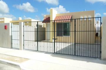 Foto de casa en renta en  1, caucel, mérida, yucatán, 2807454 No. 01