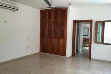 Foto principal de casa en renta en av. la ceiba, club de golf la ceiba 2673858.