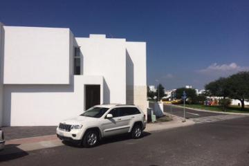 Foto de casa en venta en  100, residencial el refugio, querétaro, querétaro, 2108004 No. 01