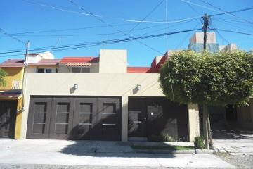 Foto de casa en renta en  129, lomas vistahermosa, colima, colima, 2781511 No. 01