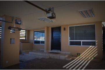 Foto principal de casa en venta en 13 de mayo 2992420.