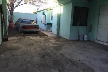 Foto de casa en venta en  134, morelos, saltillo, coahuila de zaragoza, 2571925 No. 01