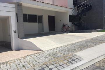 Foto de casa en venta en  154, lomas de angelópolis closster 10 10 b, san andrés cholula, puebla, 2685082 No. 01