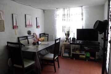 Foto de casa en venta en  2, unidad vicente guerrero, iztapalapa, distrito federal, 2706489 No. 01