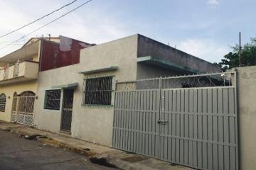 Foto de casa en venta en  202, gaviotas sur sección san jose, centro, tabasco, 1352269 No. 01