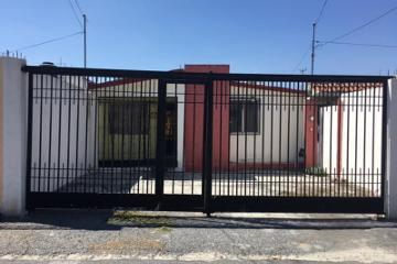 Foto de casa en venta en  215, república oriente, saltillo, coahuila de zaragoza, 2572826 No. 01