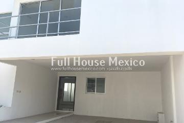 Foto de casa en renta en  , 22 de septiembre, coatepec, veracruz de ignacio de la llave, 0 No. 01