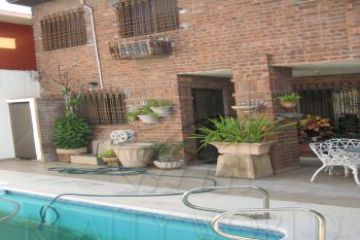 Foto principal de casa en venta en del valle 2439249.
