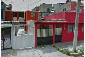 Foto de casa en venta en  38, unidad vicente guerrero, iztapalapa, distrito federal, 2164150 No. 01