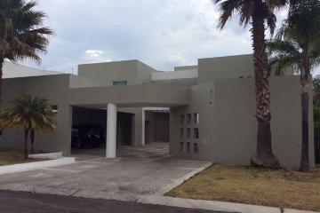Foto de casa en condominio en venta en 3a cerrada de la capilla 0, el campanario, querétaro, querétaro, 0 No. 01