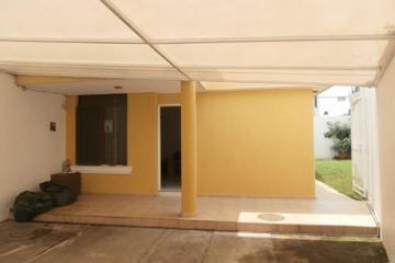 Foto de casa en venta en  4143, jardines el sauz, guadalajara, jalisco, 1537642 No. 01