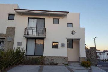 Foto de casa en renta en Desarrollo Habitacional Zibata, El Marqués, Querétaro, 4717592,  no 01