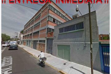 Foto de edificio en venta en  50-52, agrícola oriental, iztacalco, distrito federal, 2388850 No. 01