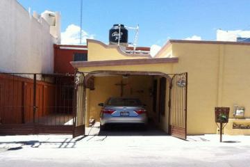Foto de casa en venta en  540, alpes, saltillo, coahuila de zaragoza, 2703669 No. 01