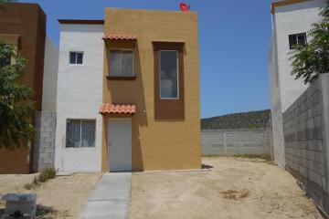 Foto de casa en venta en peninsula de yucatan 621, el progreso, la paz, baja california sur, 1783300 no 01