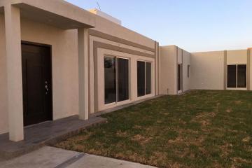 Foto de casa en venta en  649, valle real primer sector, saltillo, coahuila de zaragoza, 2684949 No. 01