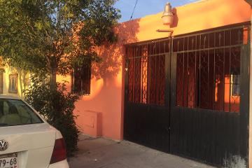 Foto de casa en venta en  657, los nogales ii, saltillo, coahuila de zaragoza, 2648908 No. 01