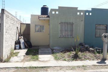 Foto de casa en venta en Chulavista, Tlajomulco de Zúñiga, Jalisco, 4571881,  no 01