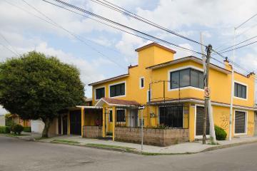 Foto de casa en venta en Santa Cruz, Metepec, México, 2771618,  no 01