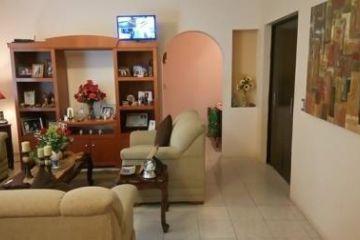 Foto de casa en venta en Los Cristales, Monterrey, Nuevo León, 2832226,  no 01