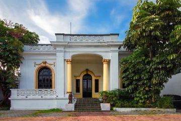 Foto de casa en venta en  , americana, guadalajara, jalisco, 742631 No. 01