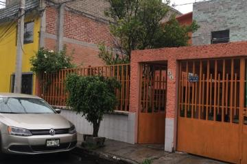 Foto de casa en venta en  , santa bárbara, iztapalapa, distrito federal, 2196494 No. 01