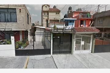 Foto de casa en venta en angel perez 12, unidad vicente guerrero, iztapalapa, distrito federal, 2670548 No. 01
