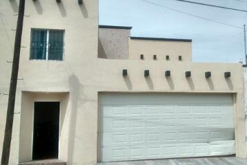 Foto de casa en venta en antimonio 306, cruz del aire, saltillo, coahuila de zaragoza, 2648855 No. 01